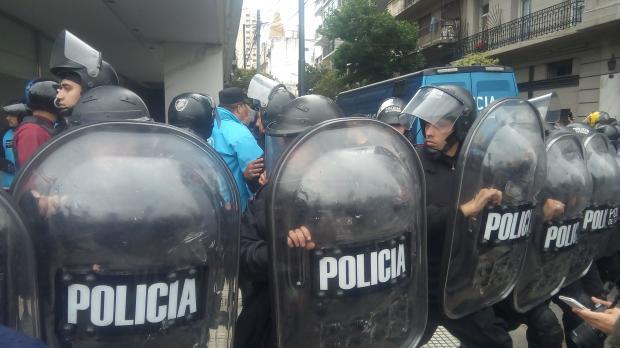 Imagen de Repudiamos la represión de la Policía de la Ciudad